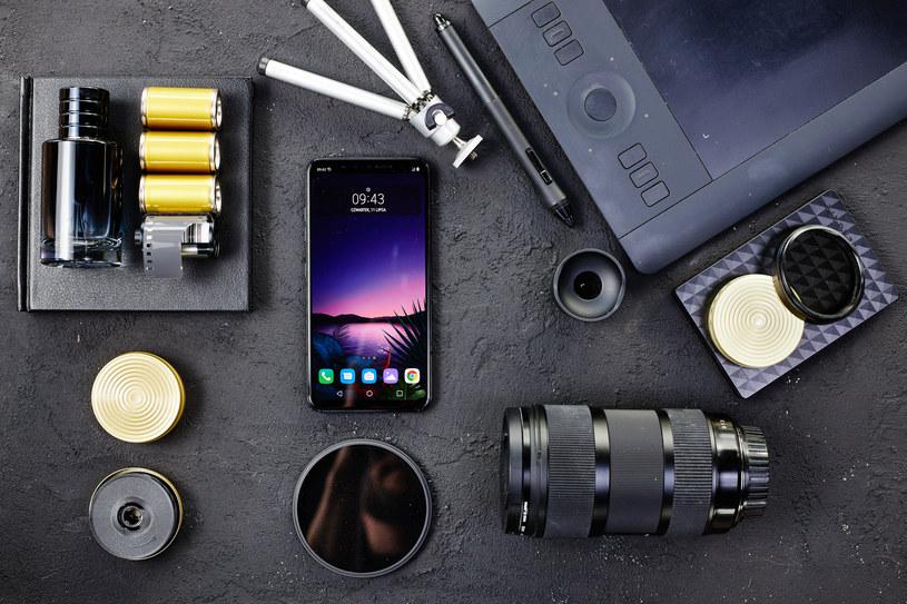 LG G8s ThinQ /materiały prasowe