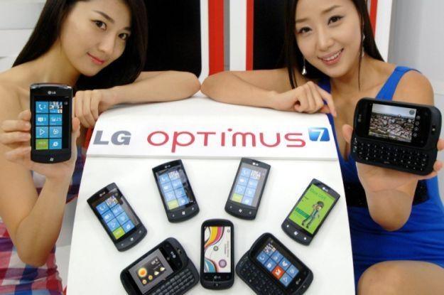 LG Optimus z Windows Phone 7 okazał się być całkiem znośnym smartfonem - czy teraz będzie podobnie? /AFP