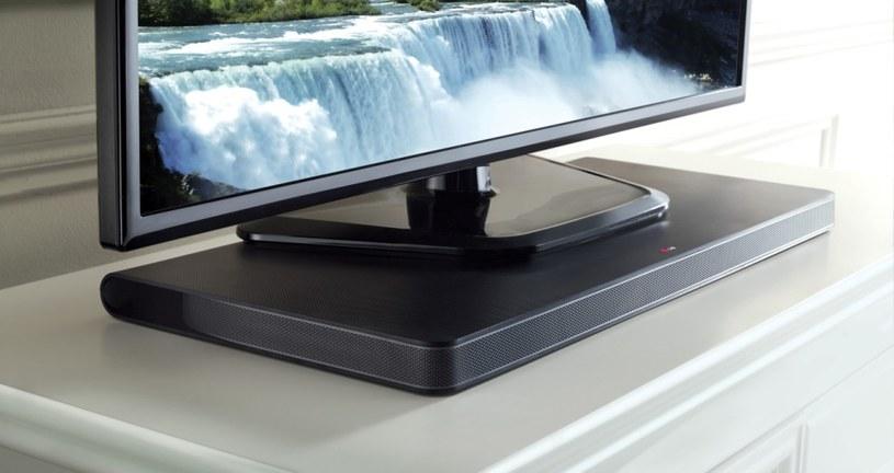 LG soundplate LAP 340 - panel dźwiękowy na którym umieszczamy telewizor /materiały prasowe