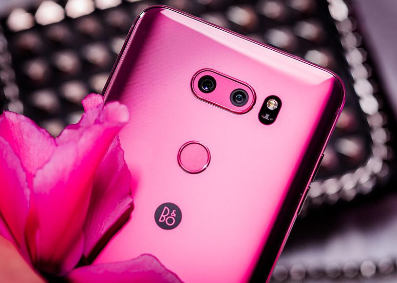 LG V30 Raspberry Rose /materiały prasowe