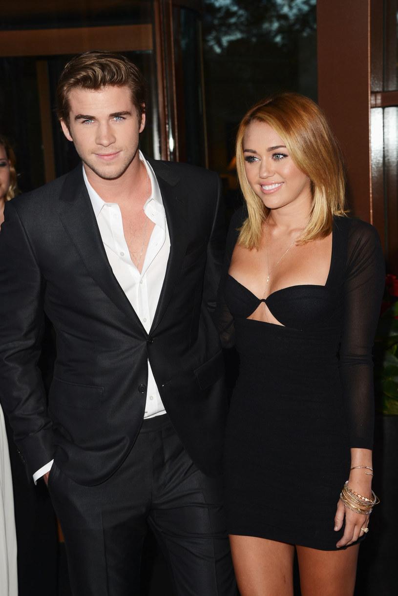 Liam Hemsworth i Miley Cyrus /Jason Merritt /Getty Images