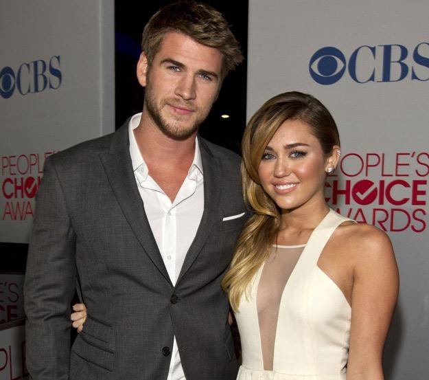 Liam Hemsworth stanął w obronie swojej dziewczyny - fot. Christopher Polk /Getty Images/Flash Press Media