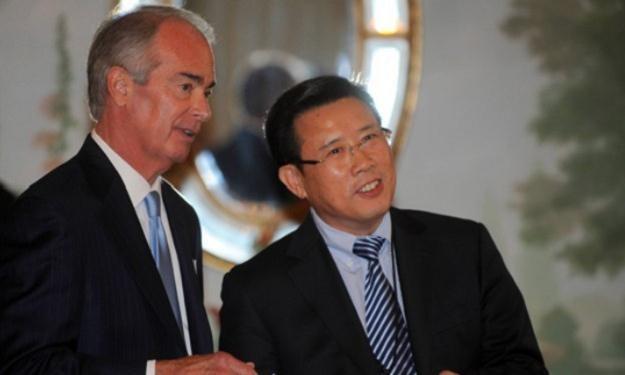 Liang Wengen (P) jest najbogatszym człowiekiem w Chinach, fot. ze strony sanygroup.com /
