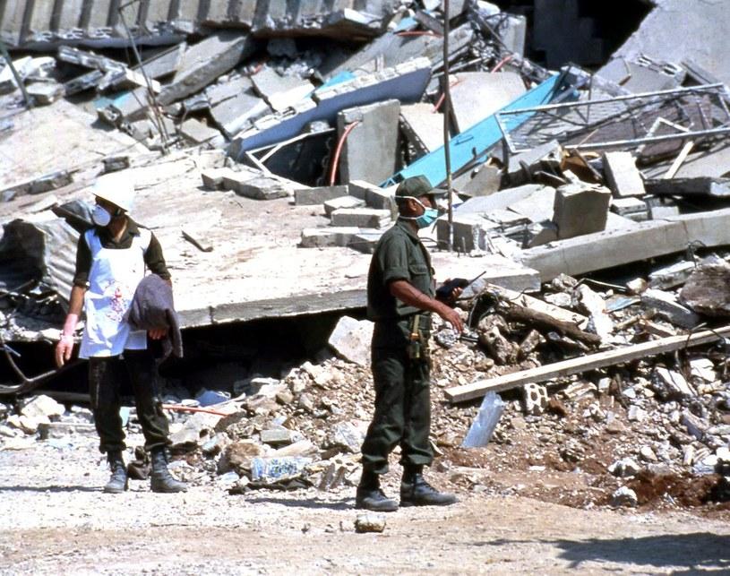 Libańscy żołnierze na miejscu masakry /East News