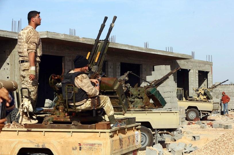 Libia jest pogrążona w chaosie, który zapanował, gdy w 2011 r. obalono i zabito dyktatora Muammara Kadafiego /AFP