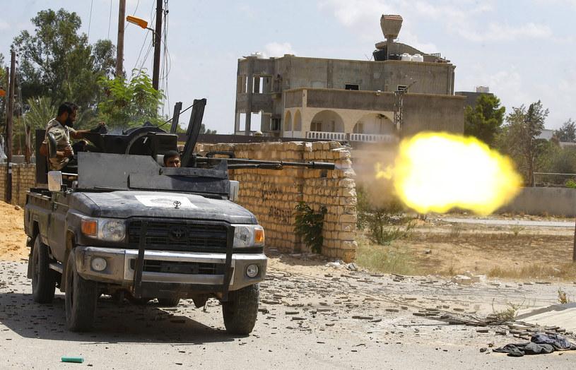 Libia: Rząd zaakceptował zawieszenie broni /MAHMUD TURKIA  /AFP