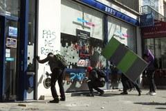 Licealiści protestowali w Paryżu. Doszło do starć z policją