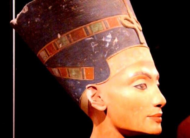 Liczący 3300 lat portret pięknej Nefretete, matki Tutenchamona /MWMedia