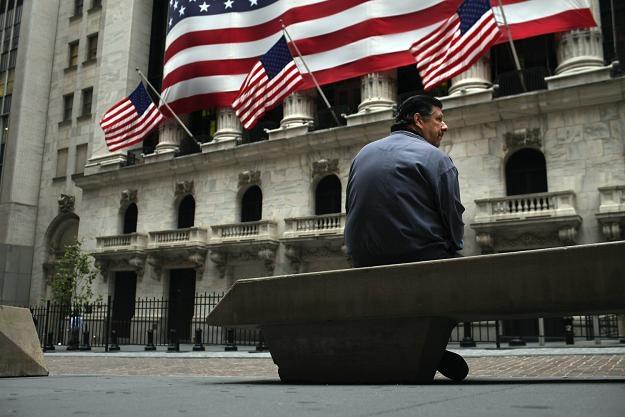 Liczba bezrobotnych kontynuujących pobieranie zasiłku spadła w USA o 174 tysięcy /AFP