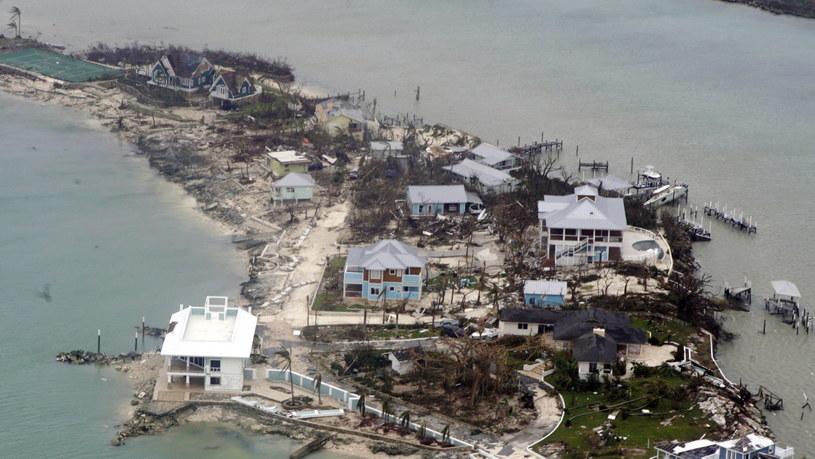 Liczba ofiar śmiertelnych huraganu Dorian wzrosła do 20 /PO2 ADAM STANTON/US COAST GUARD /PAP/EPA