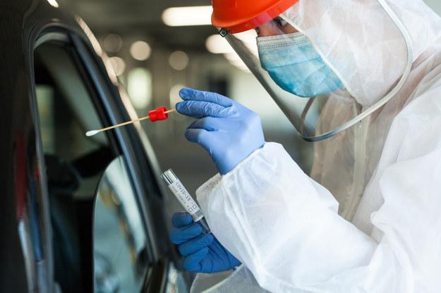 3 tys. zakażeń koronawirusem w Polsce. Nowe dane resortu zdrowia