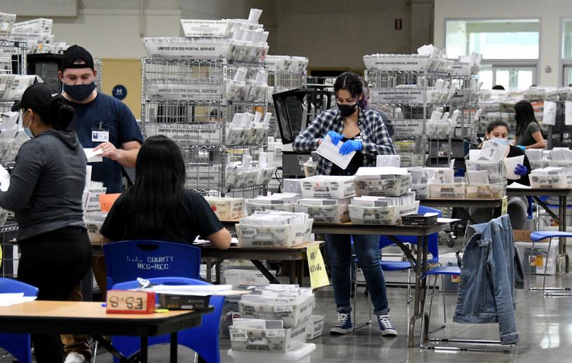 Liczenie głosów wciąż trwa /Keith Birmingham/MediaNews Group/Pasadena Star-News  /Getty Images