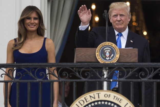Liczne utrudnienia w ruchu podczas wizyty prezydenta USA Donalda Trumpa i jego małżonki /PAP/EPA/Zach Gibson / POOL /PAP/EPA