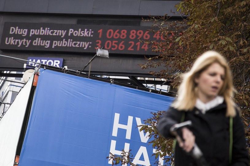 """""""Licznik Balcerowicza"""" straszy w Warszawie. Jednak według MMT bankructwo nam nie grozi /Maciej Luczniewski /Reporter"""