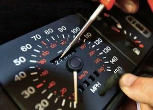 Liczniki wciąż się kręci, ale proceder jest coraz łatwiejszy do wykrycia. (kliknij, żeby powiększyć) /Motor