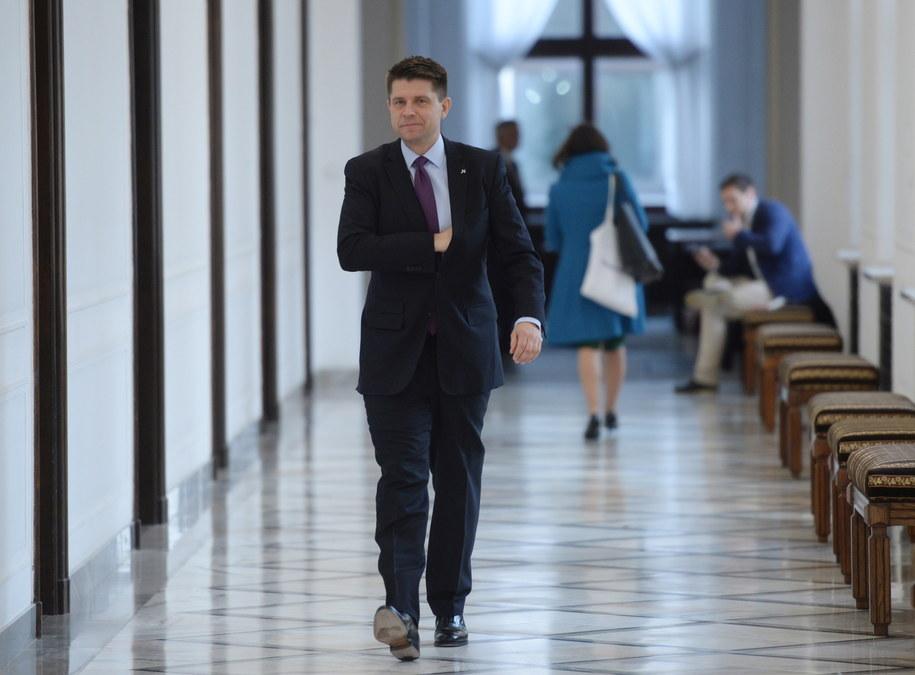 Lider i szef klubu parlamentarnego Nowoczesnej Ryszard Petru /Jacek Turczyk /PAP