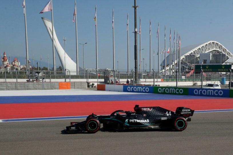 Lider klasyfikacji generalnej kierowców F1 Lewis Hamilton /AFP
