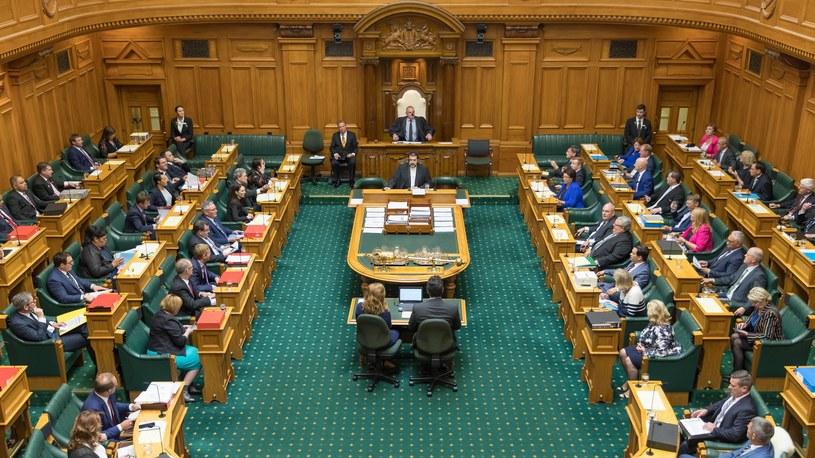 Lider partii Maorysów wyproszony z parlamentu za wojenny taniec /Office of the Clerk/parliament.nz /materiał zewnętrzny