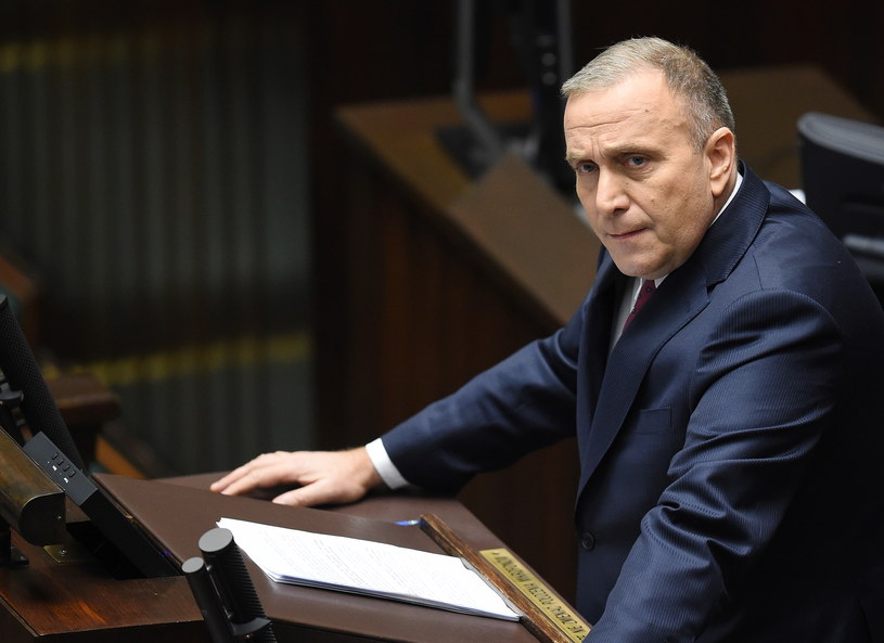 Lider Platformy Obywatelskiej Grzegorz Schetyna podczas debaty nad informacją szefa MSZ /Radek Pietruszka /PAP