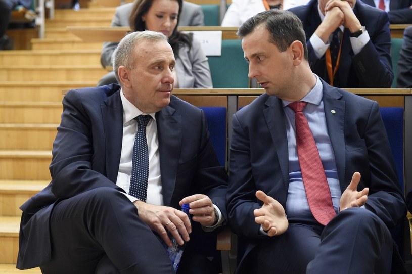 Lider PO Grzegorz Schetyna i szef ludowców Władysław Kosiniak-Kamysz /Jacek Dominski/ /Reporter