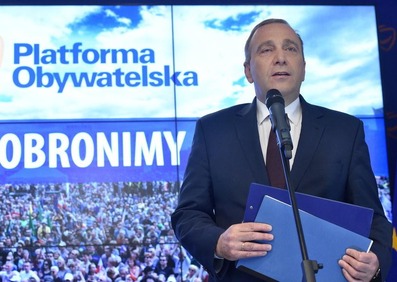 Lider PO Grzegorz Schetyna /Radek Pietruszka /PAP