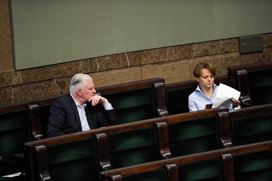 Lider Porozumienia Jarosław Gowin (L) i wicepremier, minister rozwoju Jadwiga Emilewicz (P) / Radek Pietruszka   /PAP