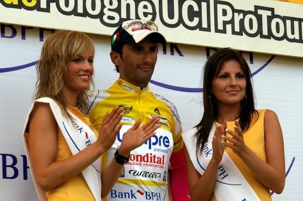 Liderem wyścigu pozostał Włoch Daniele Bennati z grupy Lampre /INTERIA.PL