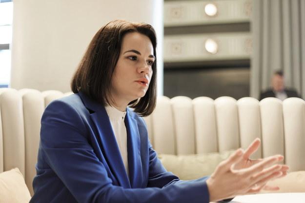 Liderka białoruskiej opozycji Swiatłana Cichanouska podczas wywiadu dla Polskiej Agencji Prasowej w hotelu Bristol w Warszawie / Leszek Szymański    /PAP
