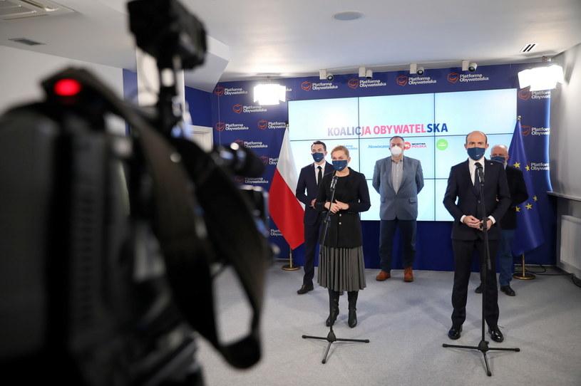 Liderzy Koalicji Obywatelskiej podczas konferencji prasowej / Leszek Szymański    /PAP