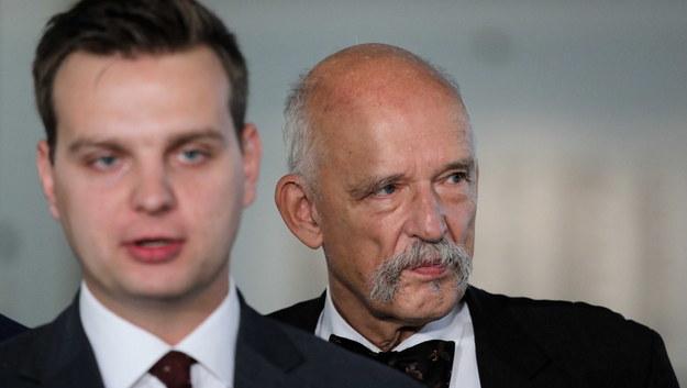 Liderzy partii Konfederacja Wolność i Niepodległość Janusz Korwin-Mikke i Jakub Kulesza / Tomasz Gzell    /PAP