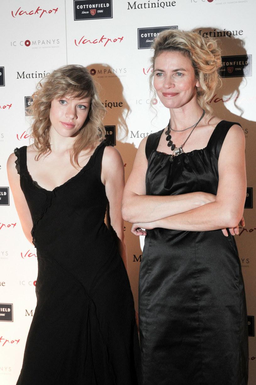 Lidia Popiel i Aleksandra Linda na zdjęciu w 2008 roku. Tutaj widać, jak matka i córka są do siebie podobne! /Fot. Michal Wargin  /East News