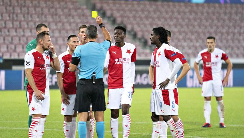 Liga Mistrzów: Czesi nie wybaczają: Skomina jak Collina. Kawał złodzieja i tyle. Midtjylland - Slavia 4-1
