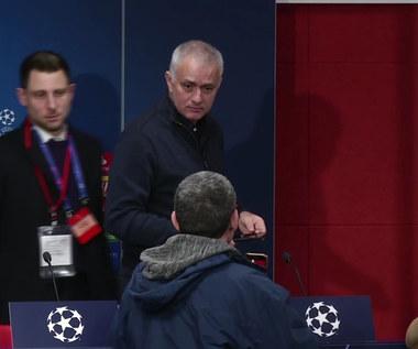 Liga Mistrzów. Jose Mourinho pocieszany przez dziennikarza. Wideo