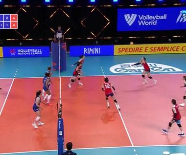 Liga Narodów Siatkarek. 54 sekundy walki! Wielkie poświęcenie w meczu Włochy - Korea Południowa (POLSAT SPORT). WIdeo