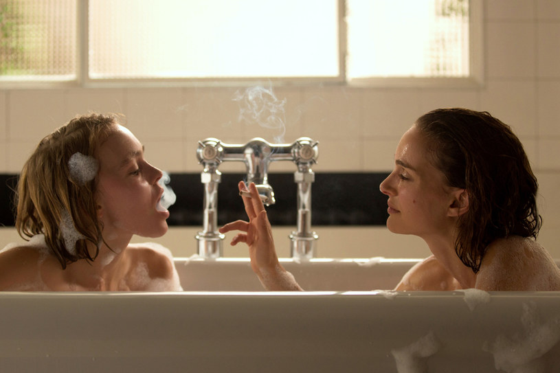 """Lily-Rose Depp i Natalie Portman w """"Planetarium"""" /materiały prasowe"""