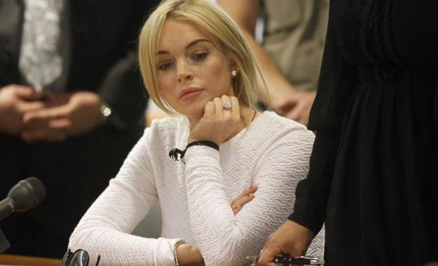 Lindsay Lohan podczas jednej ze swych rozpraw sądowych /AFP