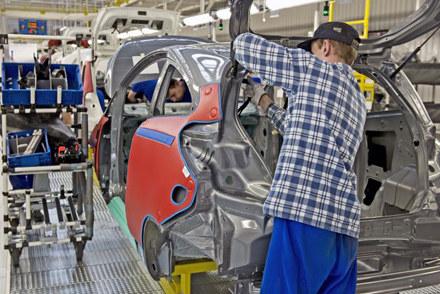 Linia produkcyjna forda ka w fabryce Fiata w Tychach /INTERIA.PL