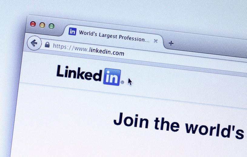 LinkedIn jest wykorzystywany przez oszustów - trzeba uważać /123RF/PICSEL
