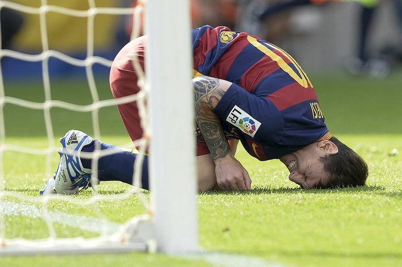 Lionel Messi doznał kontuzji w meczu z UD Las Palmas /AFP