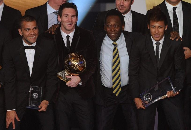 Lionel Messi (drugi z lewej) i Pele (drugi z prawej) /AFP
