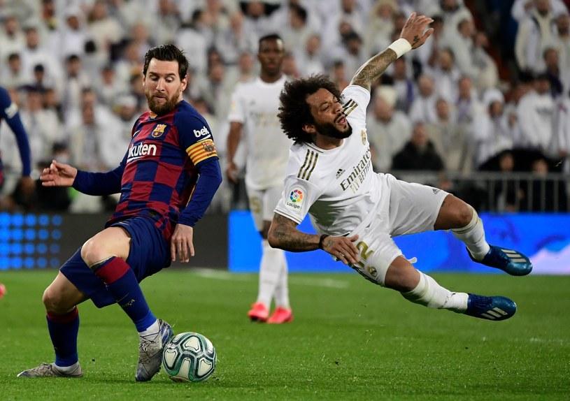Lionel Messi fauluje Marcelo /AFP