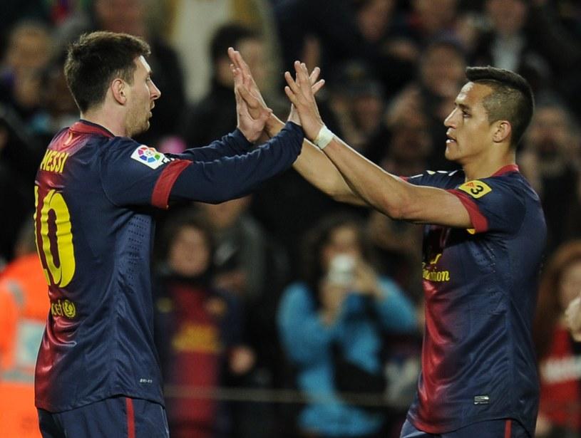 Lionel Messi i Alexis Sanchez zdobyli bramki dla Barcelony /AFP