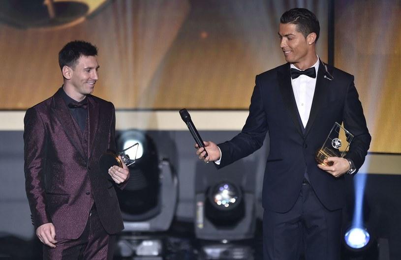 Lionel Messi i Cristiano Ronaldo podczas styczniowej gali z okazja przyznania Złotej Piłki. /AFP