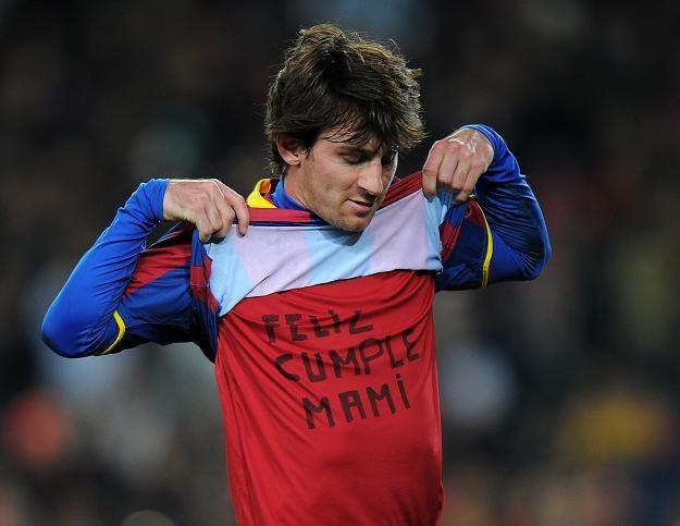 Lionel Messi i jego życzenia dla mamy /AFP