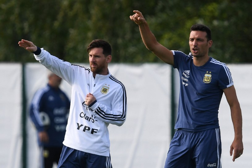Lionel Messi i Lionel Scaloni /AFP
