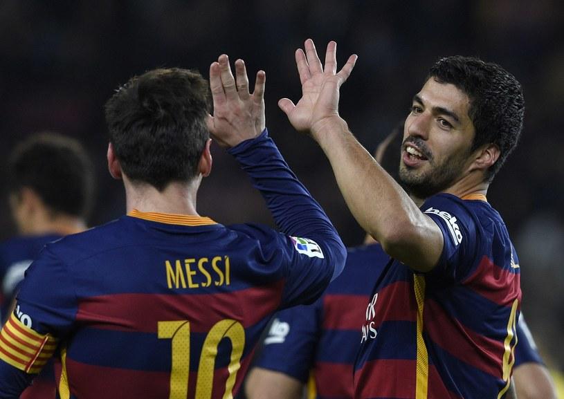 Lionel Messi i Luis Suarez dali popis w meczu z Valencią /AFP