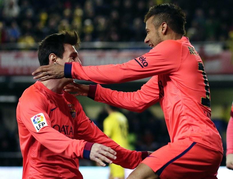 Lionel Messi i Neymar mają z czego się cieszyć /AFP