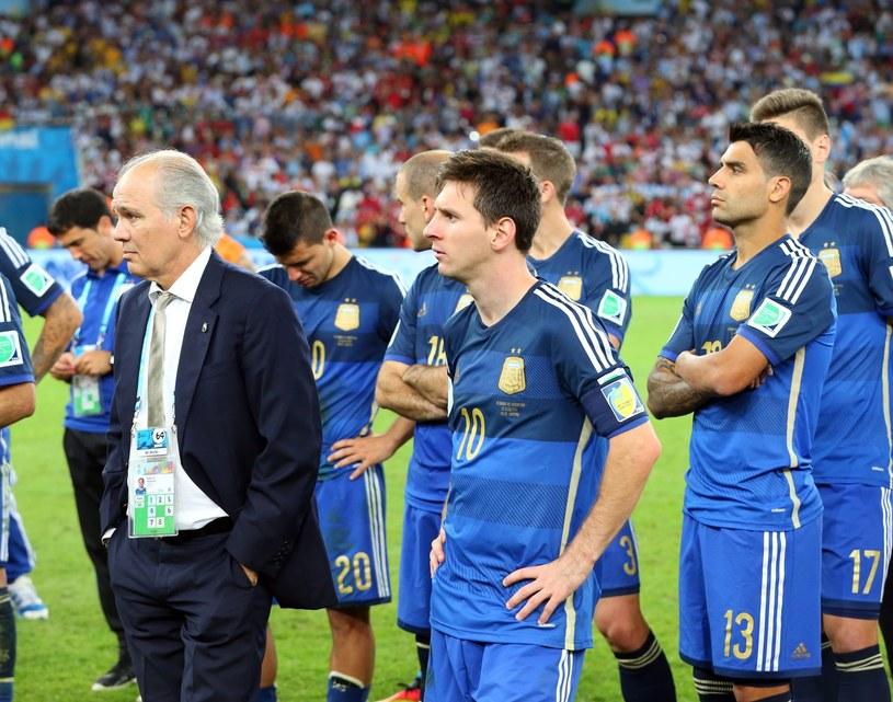 Lionel Messi i spółka musieli uznać wyższość Niemców w finale MŚ /PAP/EPA