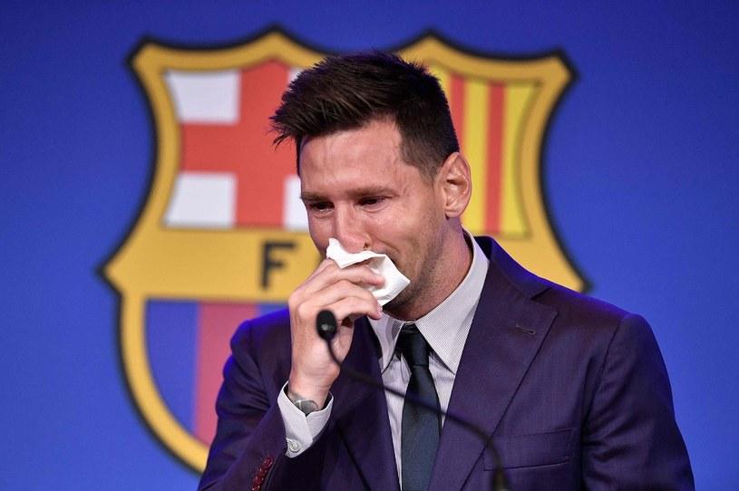 Lionel Messi na pożegnalnej konferencji prasowej /AFP
