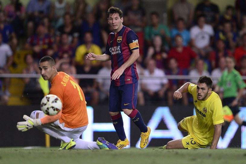Lionel Messi nabawił się kontuzji w meczu z Villarreal /AFP